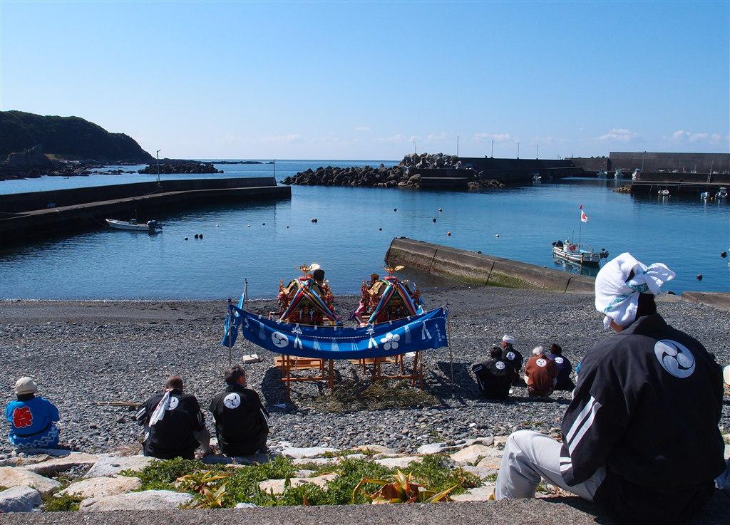 春祭り海休憩中